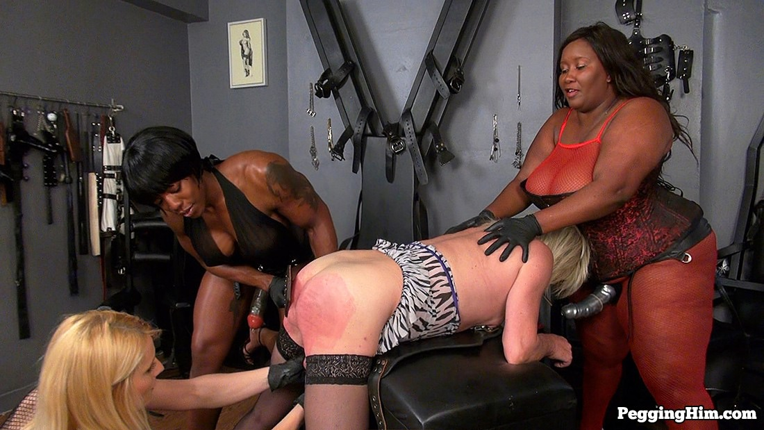 Dominatrix strapon gangbang
